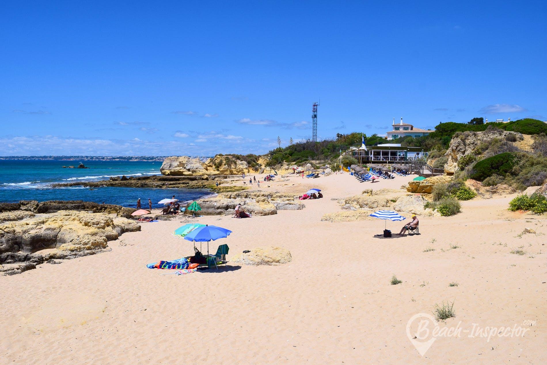 Beach Praia do Manuel Lourenço, Algarve, Portugal