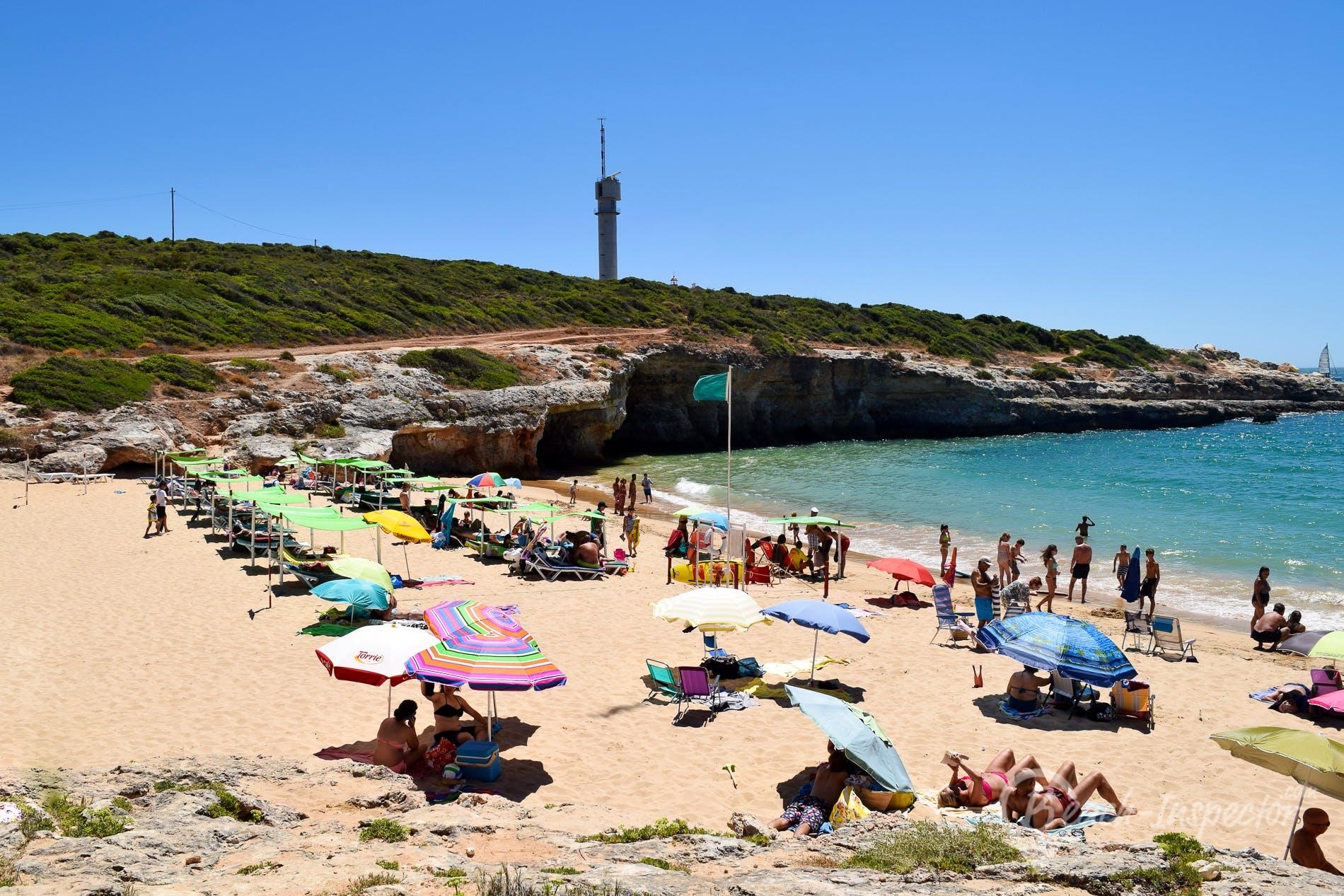 Beach Praia do Pintadinho, Algarve, Portugal