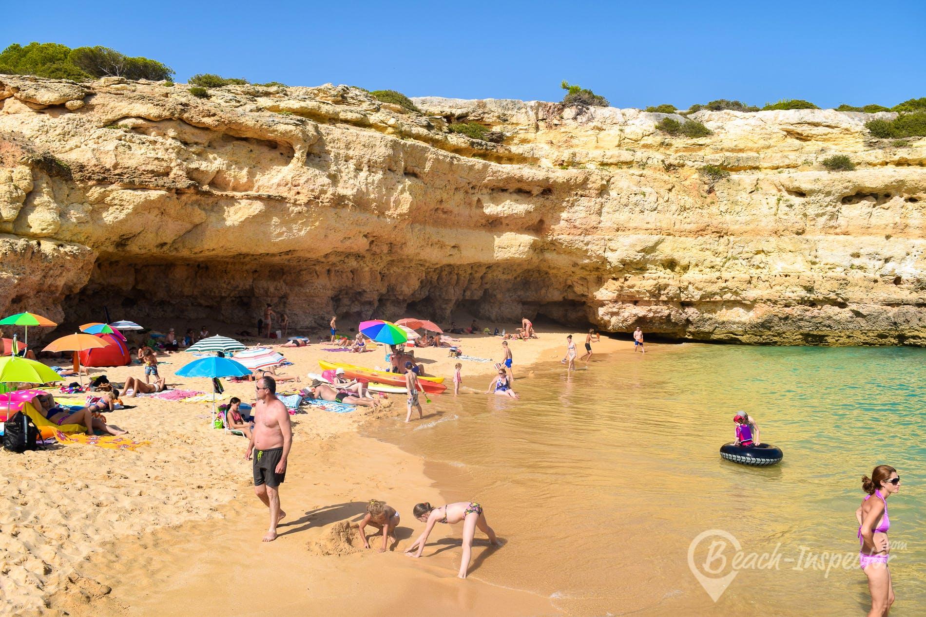 Beach Praia de Albandeira, Algarve, Portugal