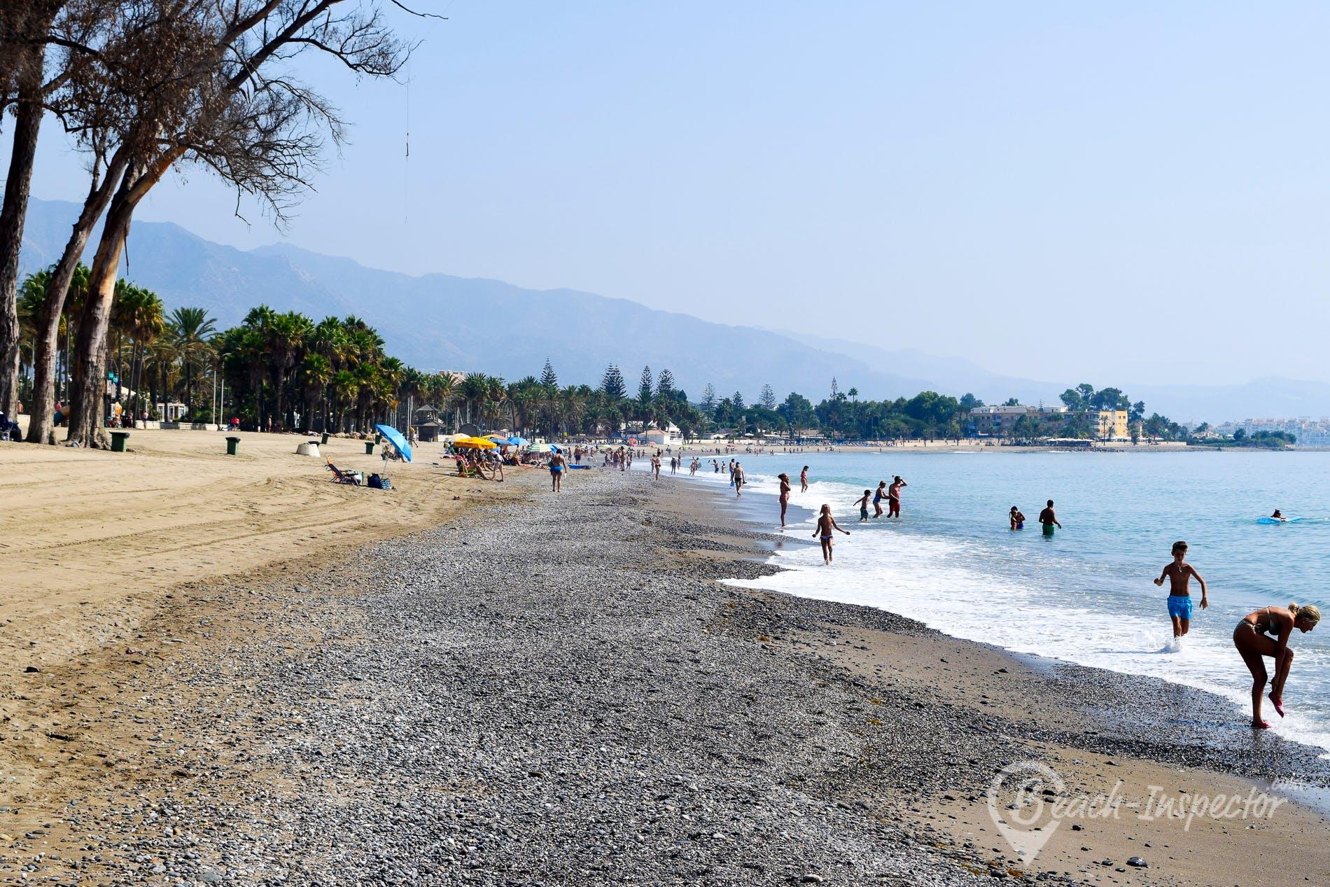 Strand Playa de Cortijo Blanco, Costa del Sol, Spanien