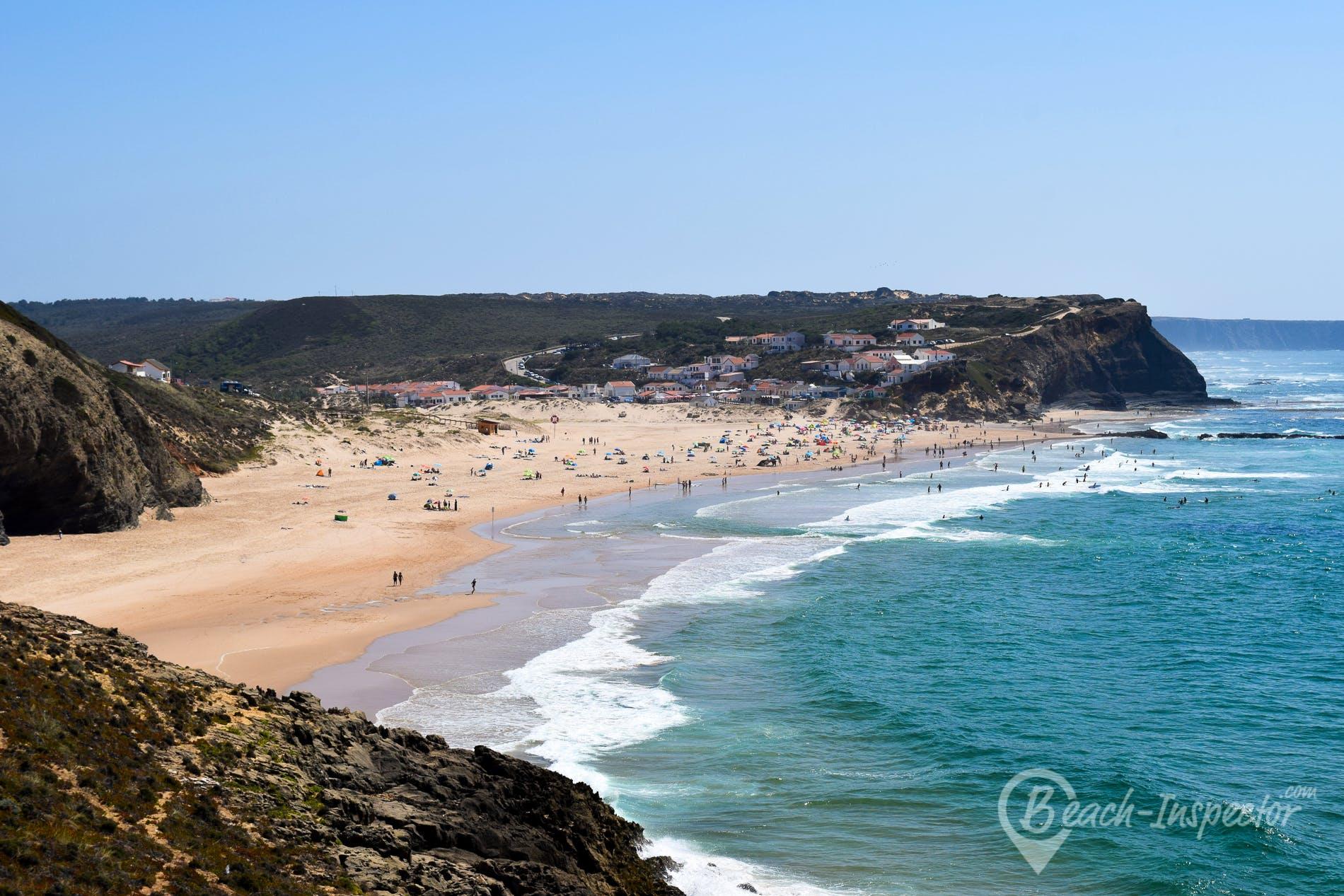 Strand Praia do Monte Clérigo, Algarve, Portugal
