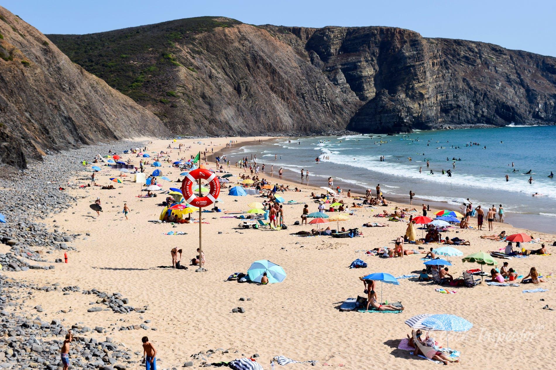 Beach Praia da Arrifana, Algarve, Portugal