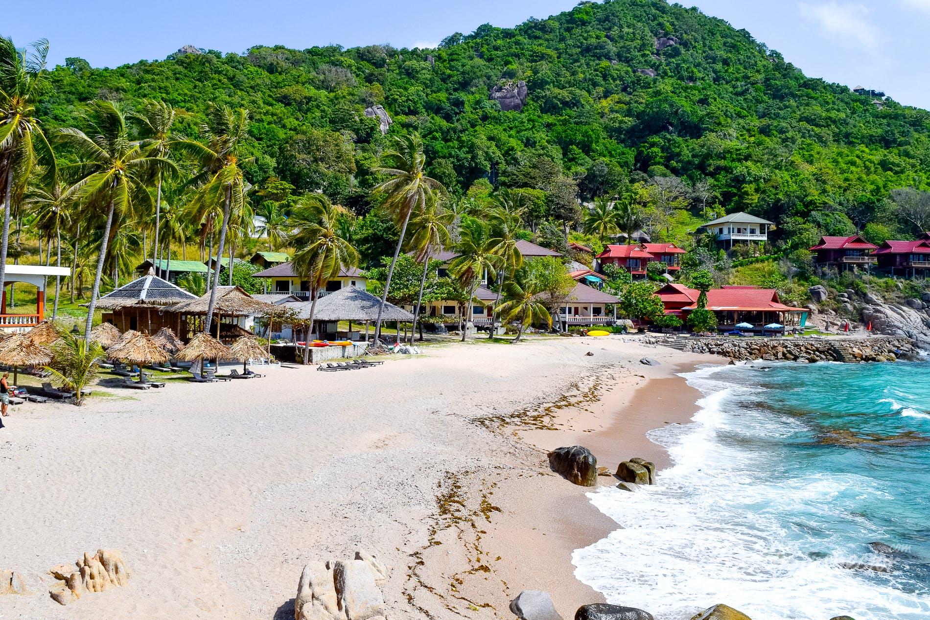Beach Ao Leuk Beach, Koh Tao, Thailand