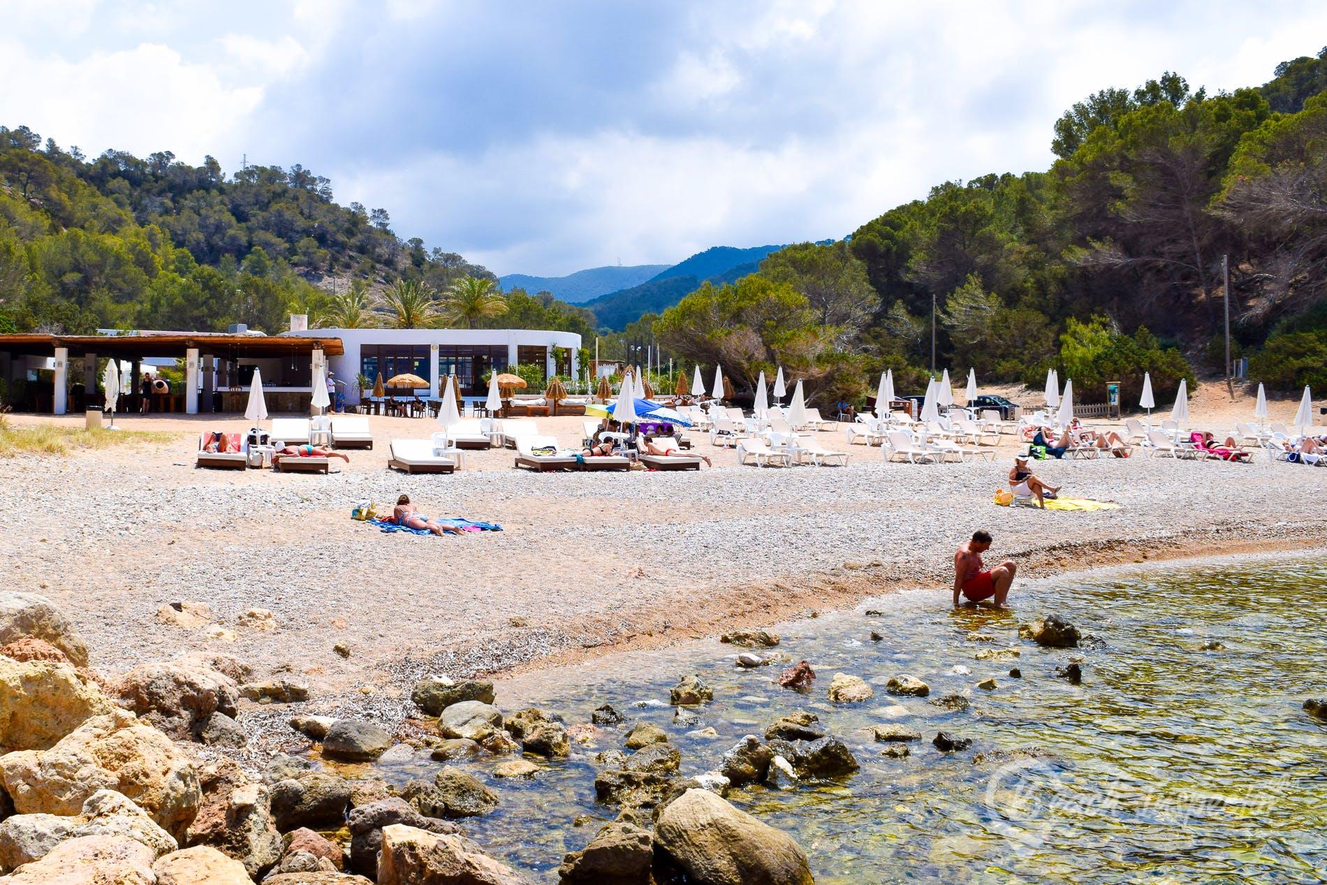Strand Cala Molí, Ibiza, Spanien
