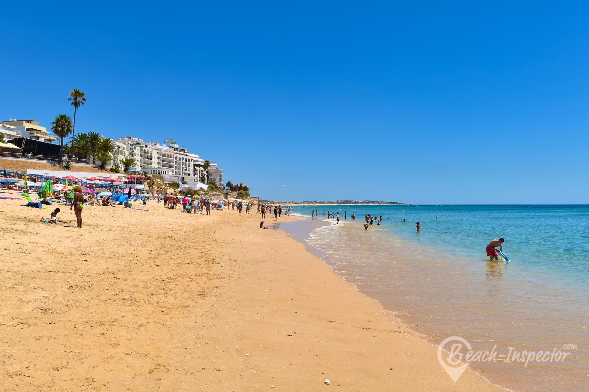 Beach Praia da Armação de Pêra, Algarve, Portugal