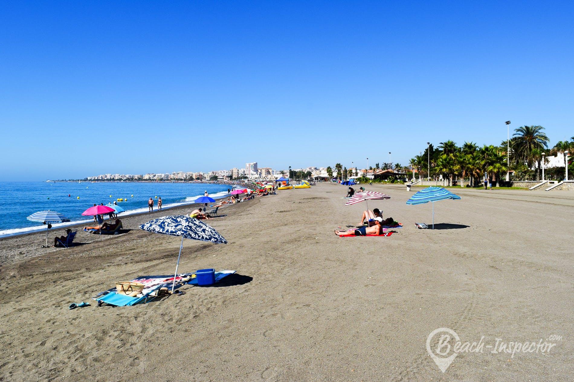 Strand Playa de Torre del Mar, Costa del Sol, Spanien