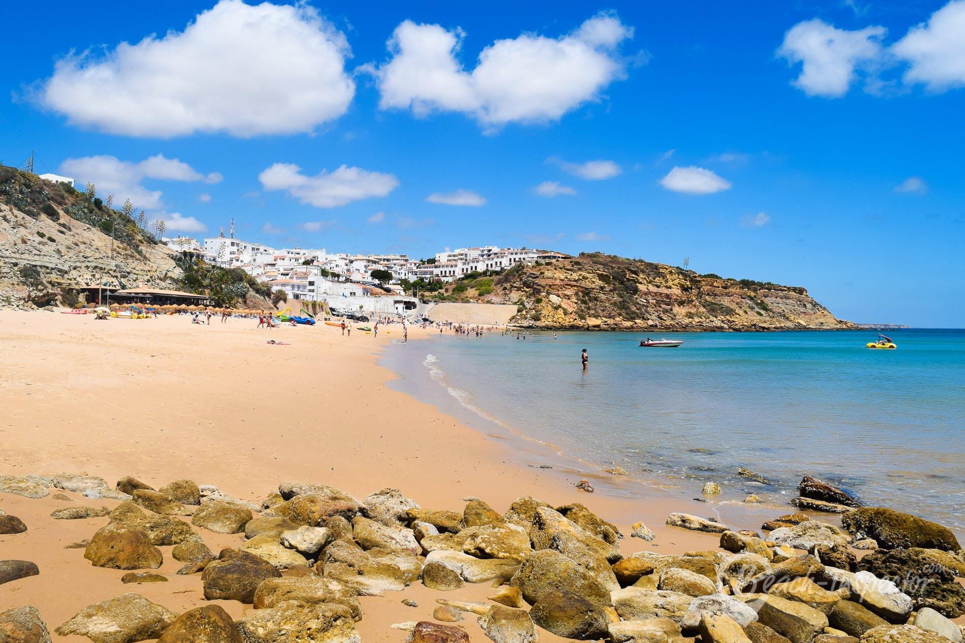 Playa Praia do Burgau, Algarve, Portugal