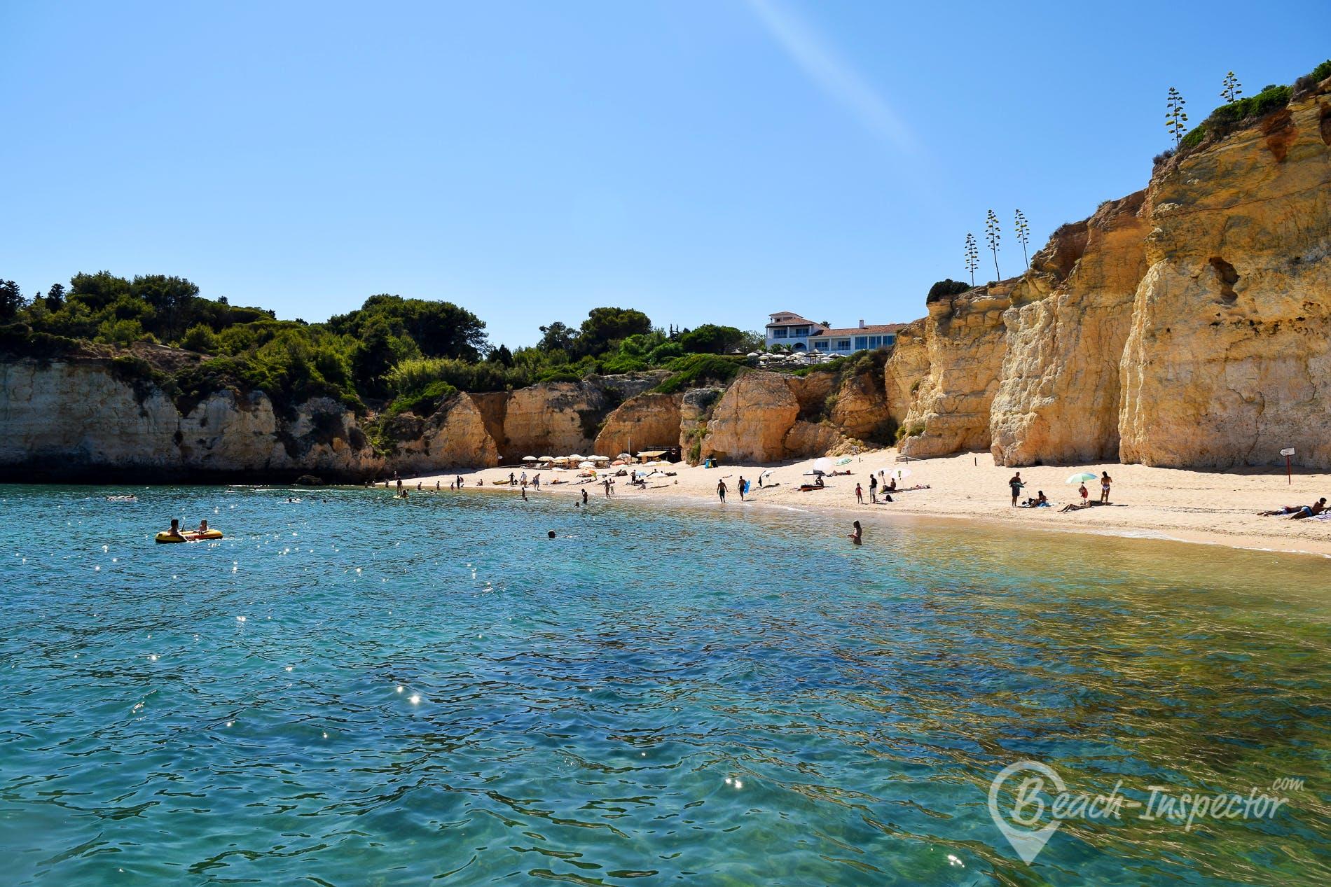 Beach Praia dos Tremoços, Algarve, Portugal