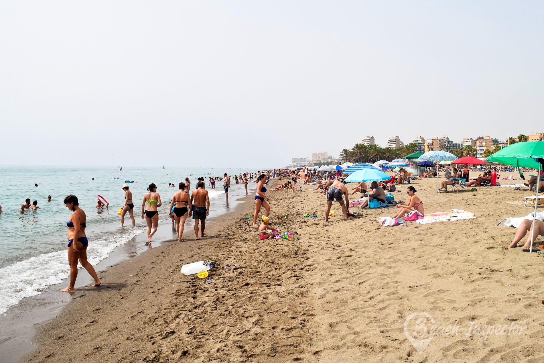 Strand Playa de Playamar, Costa del Sol, Spanien