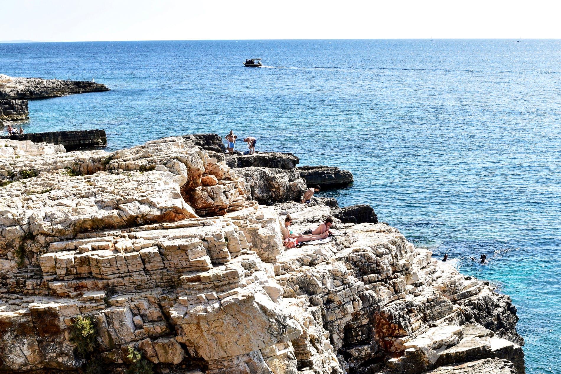 Strand Mala Kolombarica, Istrien, Kroatien