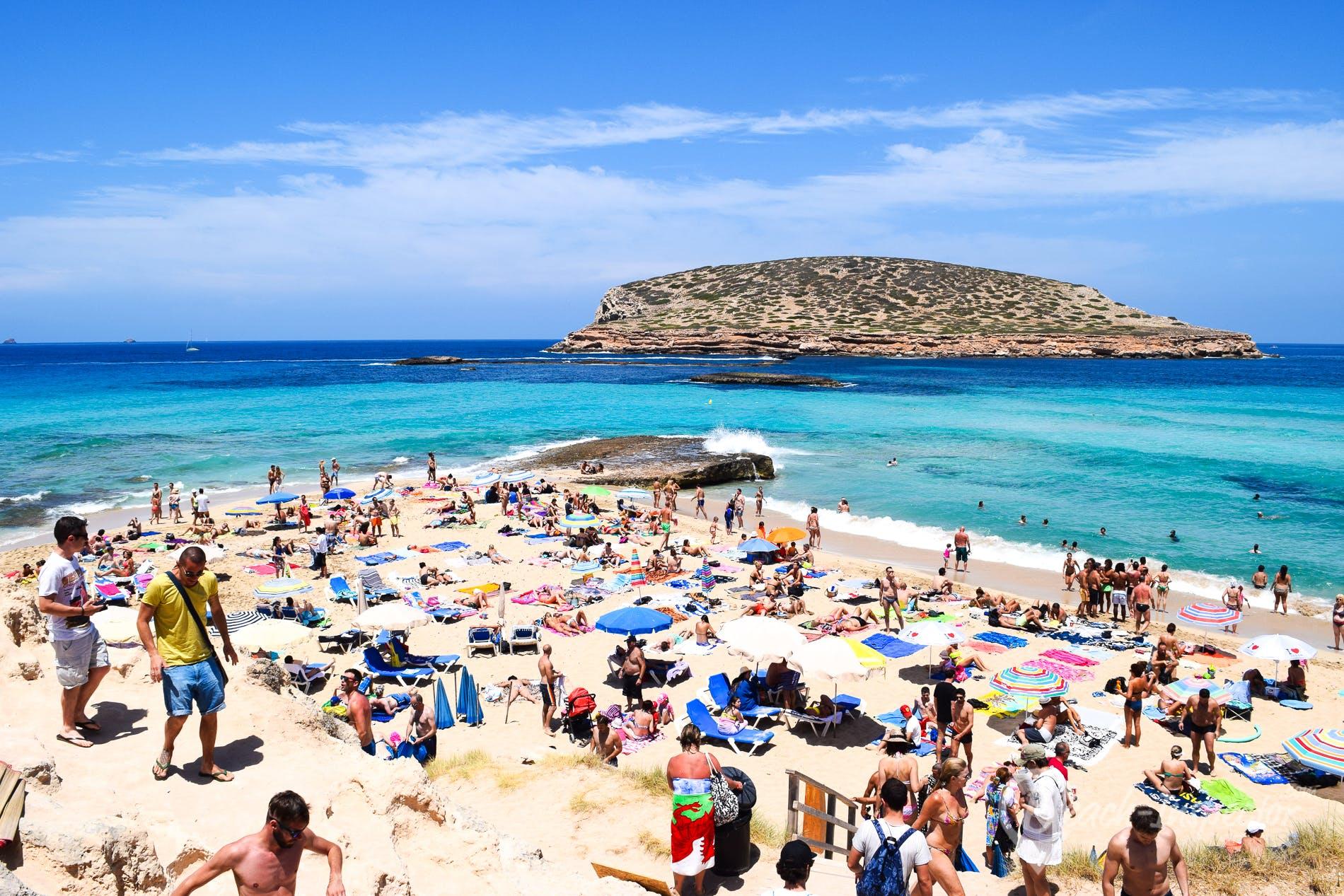 Playa Cala Conta, Ibiza, España