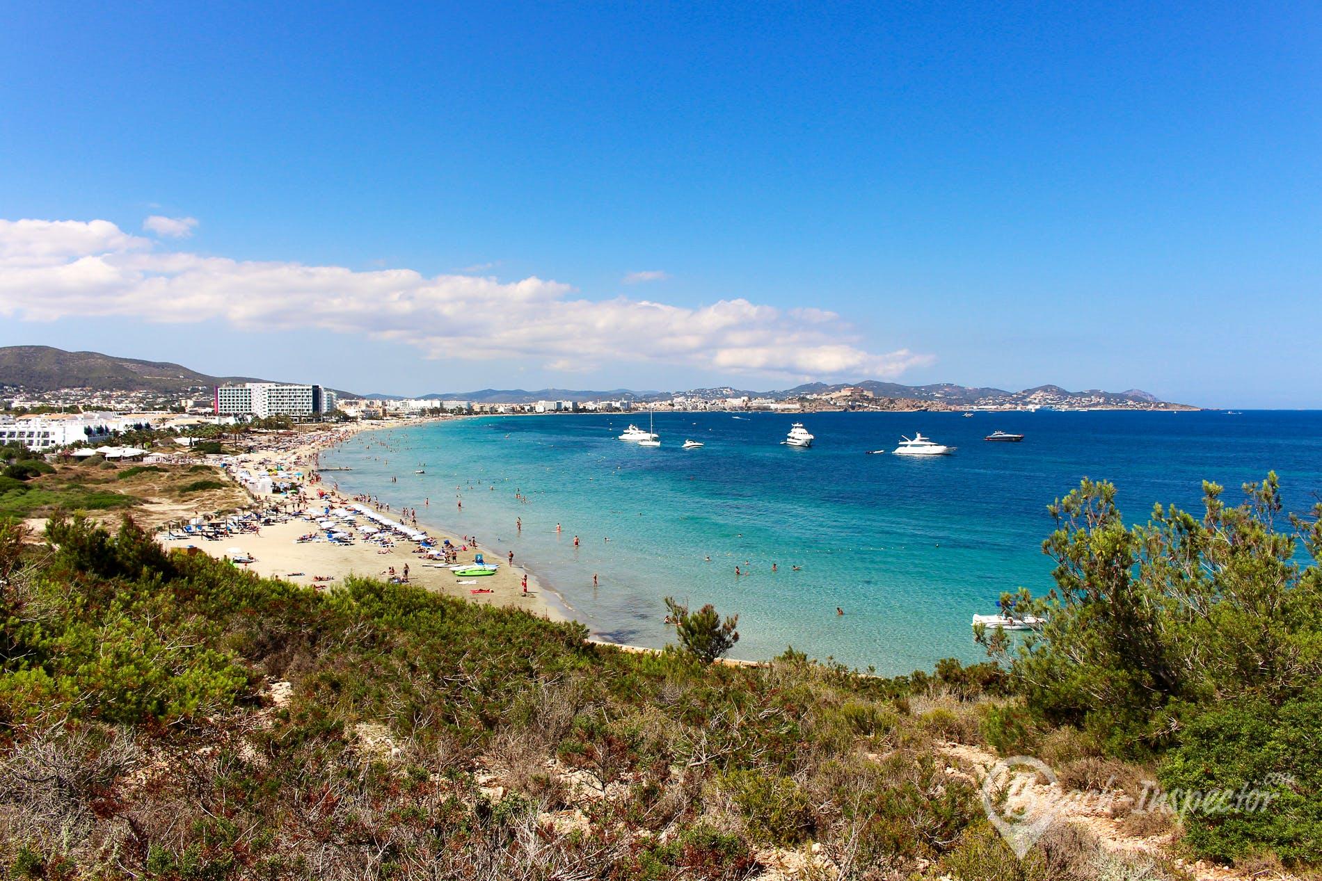 Strand Playa d'en Bossa, Ibiza, Spanien