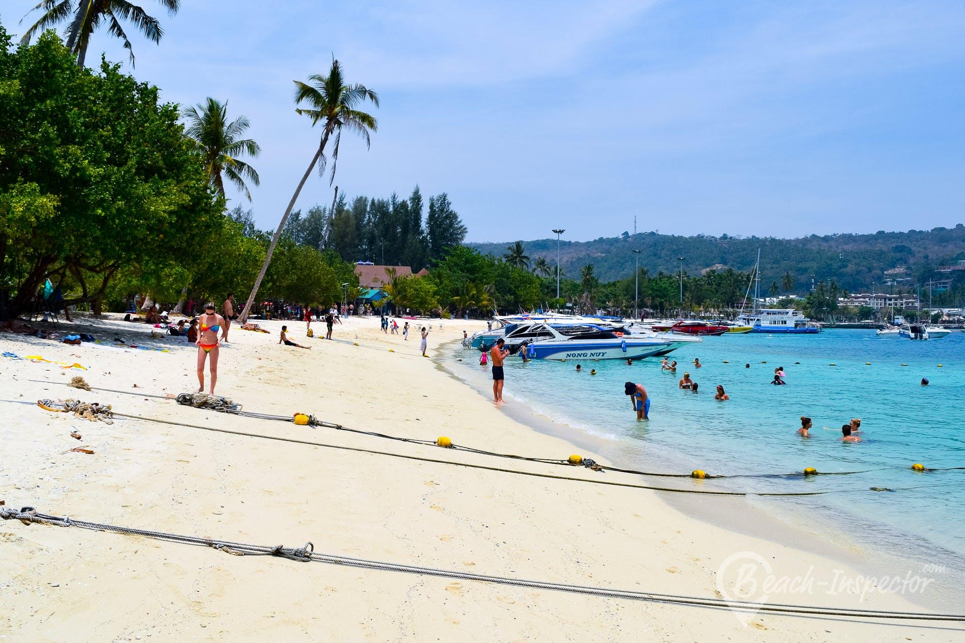 Beach Ton Sai Bay, Koh Phi Phi, Thailand