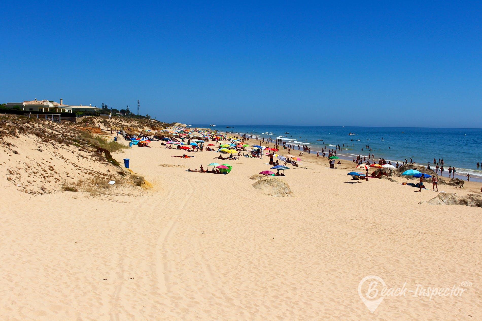 Beach Praia da Galé Oeste, Algarve, Portugal