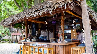 June Juea Beach Bar