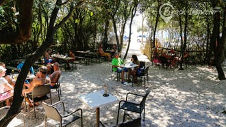 Cisterna Beach Bar Luan