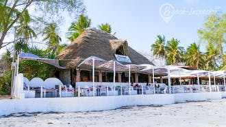 Nomad Beach Bar & Restaurant