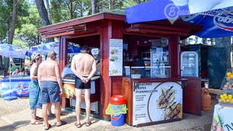 Beachbar Karpinjan